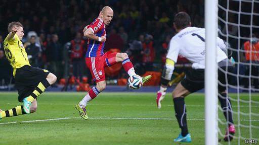 آرین روبن هلندی همچون بازی فینال قهرمانان اروپا در سال گذشته، در شکست دادن دورتموند سهیم بود